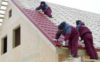 Как правильно уложить металлочерепицу на крышу?