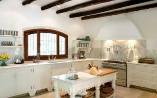 Декоративные балки в интерьере на потолке
